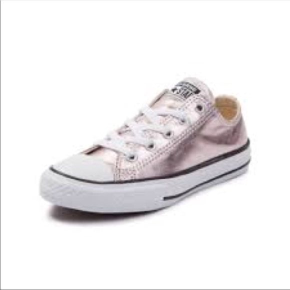 68127fc92015 Converse Other - Girls Metallic Rose Gold Converse Size 3